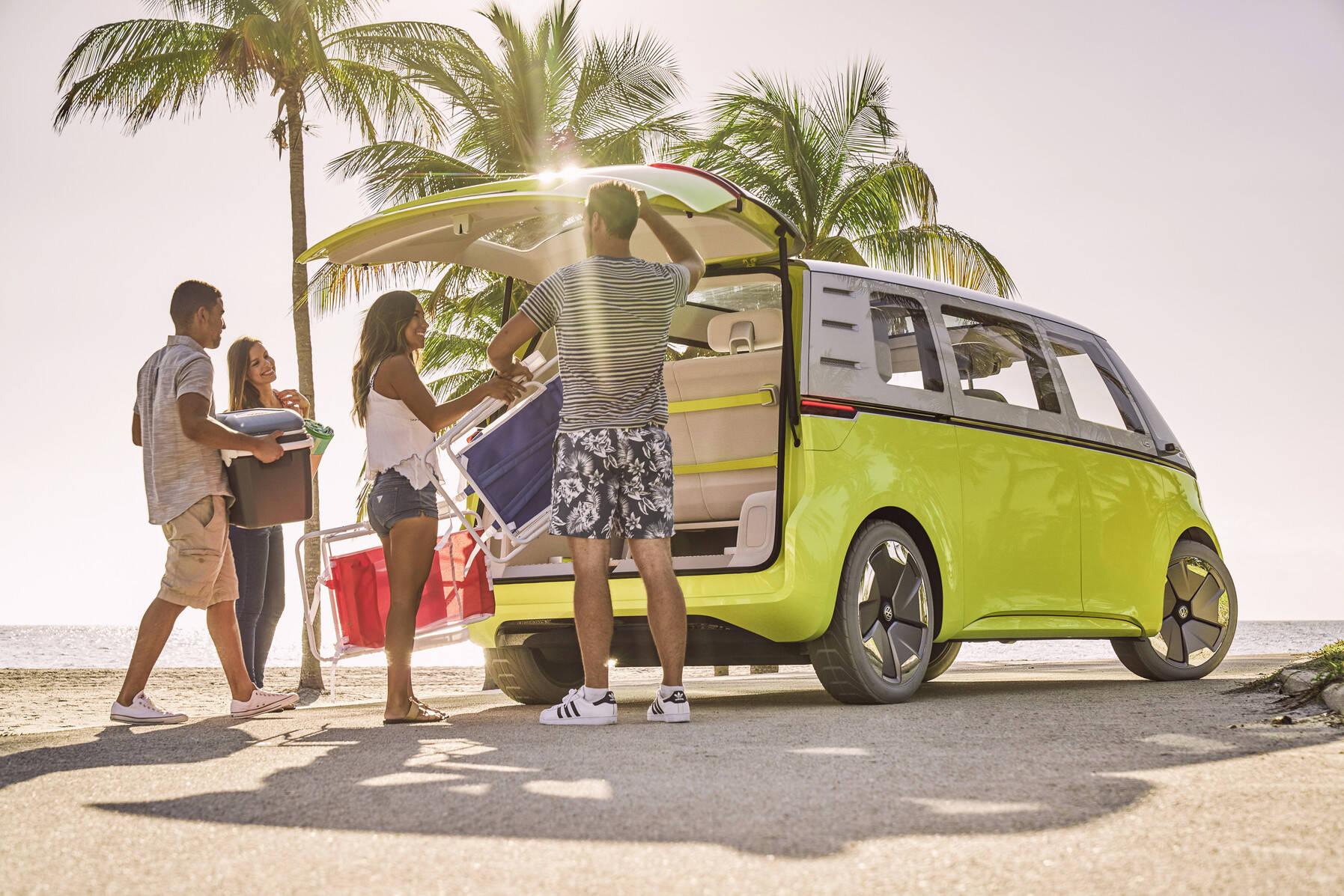"""Para a VW, o ID. Buzz será uma opção para quem deseja """"viver a vida de van"""". Foto: Divulgação"""