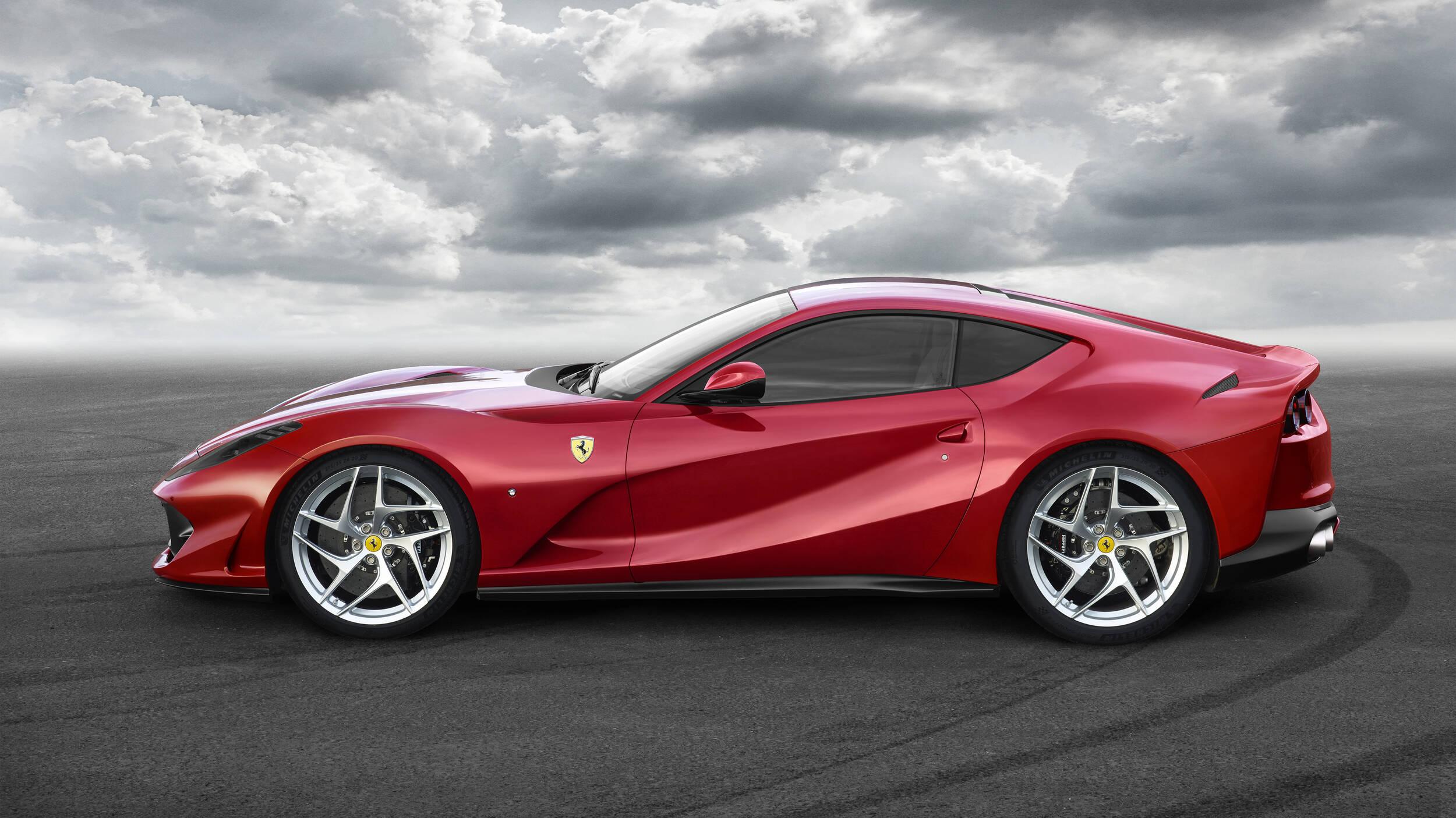 Ferrari 812 Superfast. Foto: Divulgação