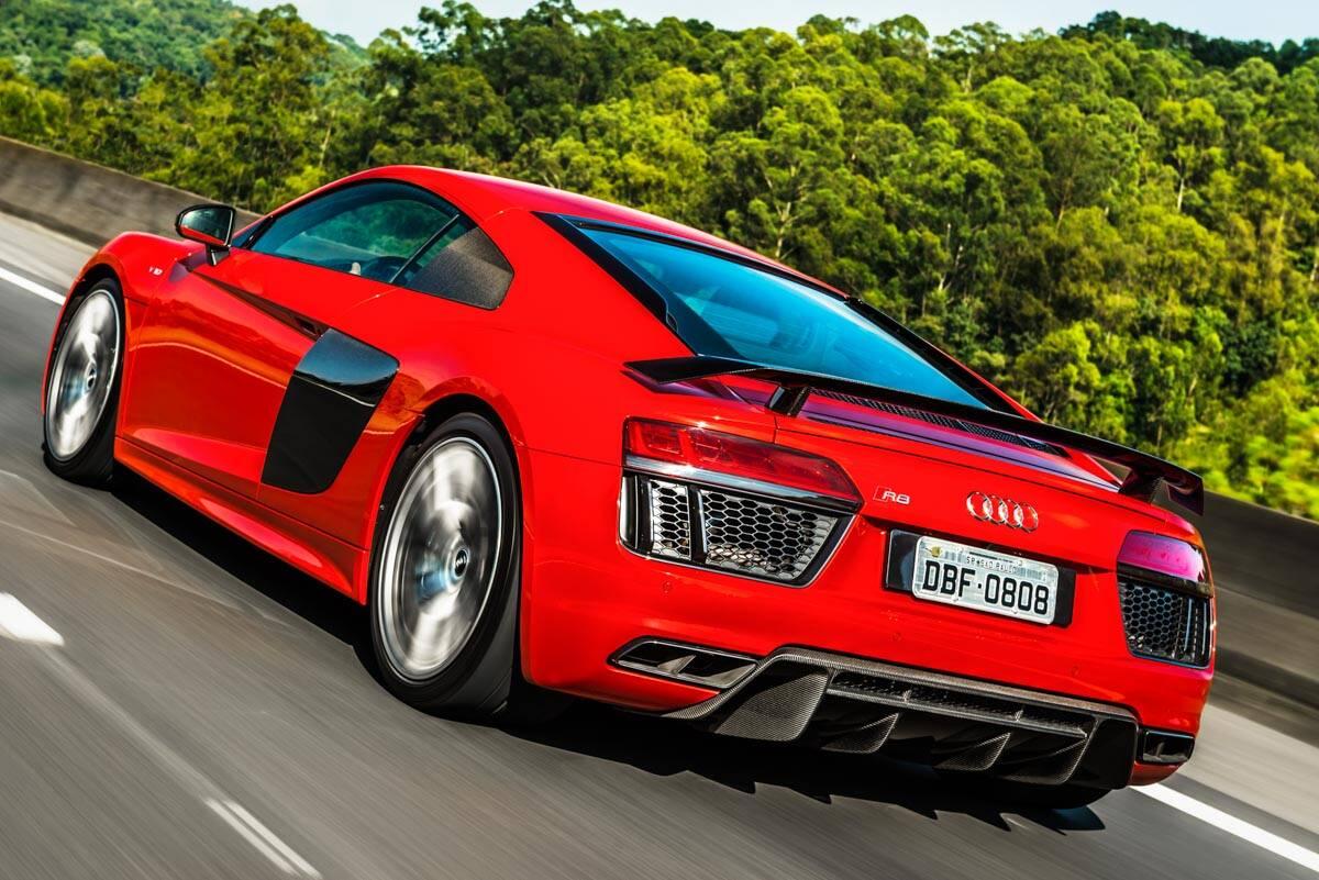 Audi R8 V10 Plus. Foto: Divulgação