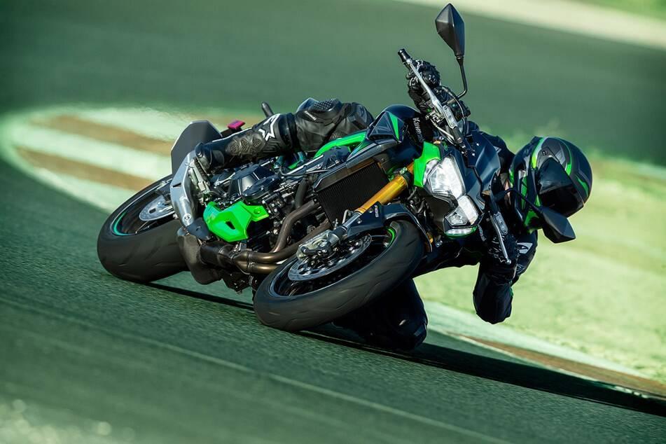 Kawasaki Z900 SE 2022. Foto: Divulgação