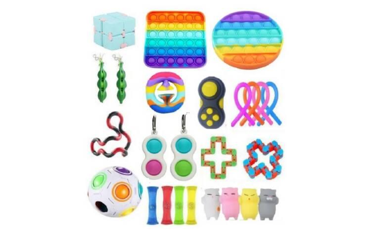 Fidget toys. Um brinquedo individual custa cerca de R$ 30,00, enquanto um kit com diversos tipos custa a partir de R$ 150,00. Foto: Reprodução/Mercado Livre