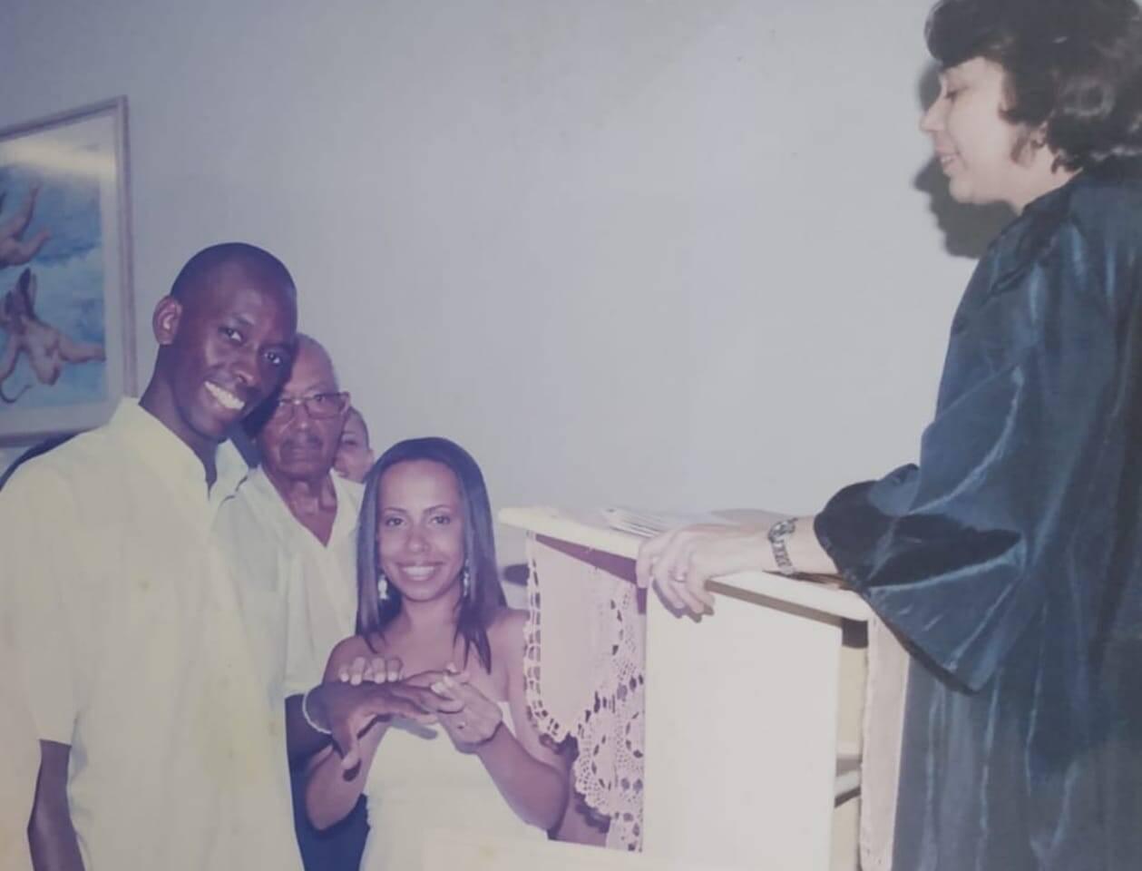 O casamento de Adriana e Sérgio, que aconteceu em uma sexta-feira 13, em janeiro de 2006. Foto: Acervo pessoal