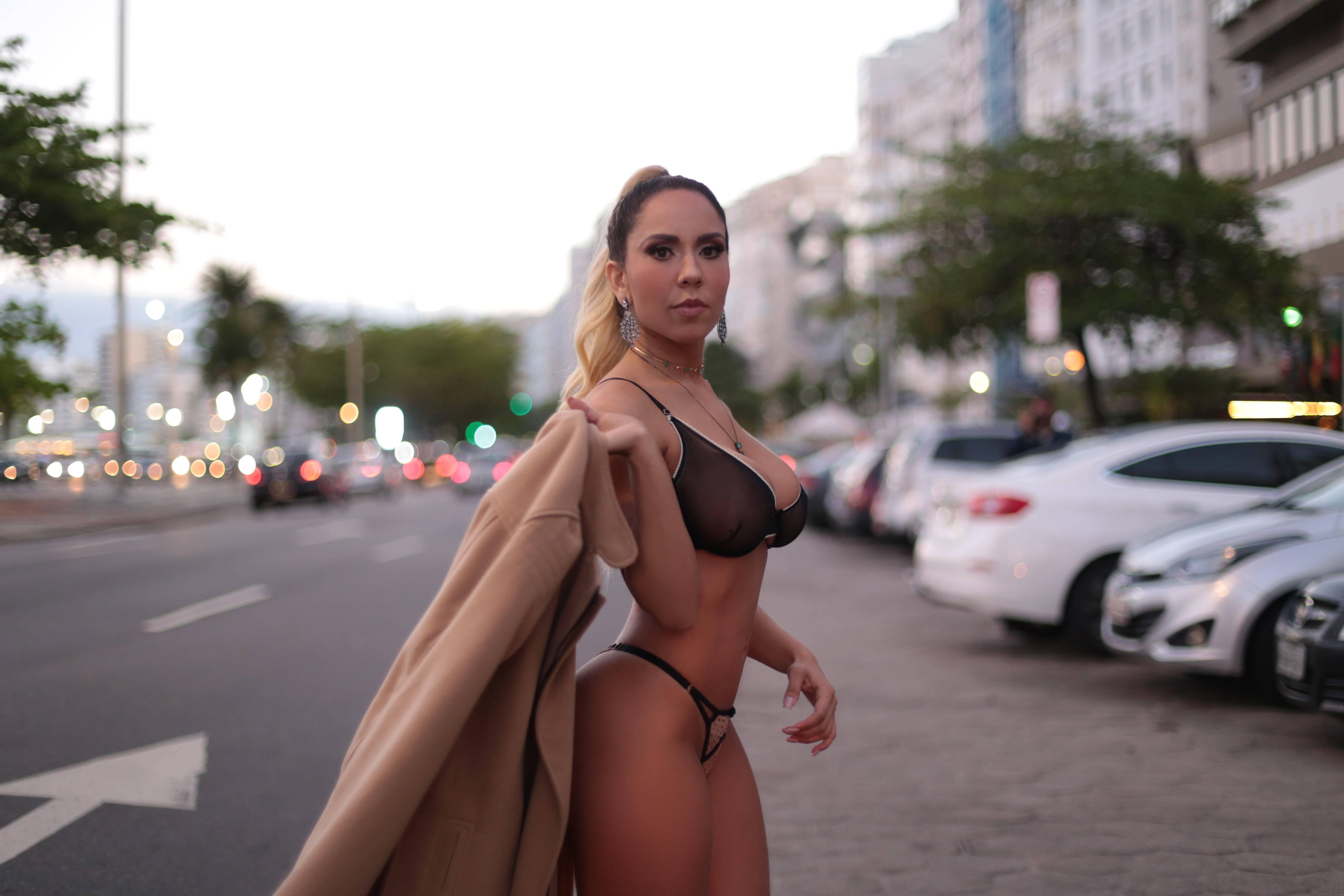 Mulher Melão posa sexy para o Diamond Brazil. Foto: Haruo Kaneko