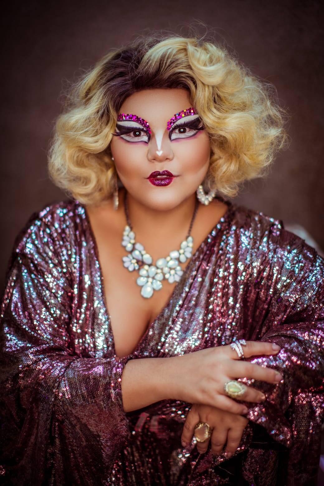 """""""A maquiagem drag em si foi feita para criar outro rosto"""", diz Ginger Moon. Foto: Acervo pessoal"""