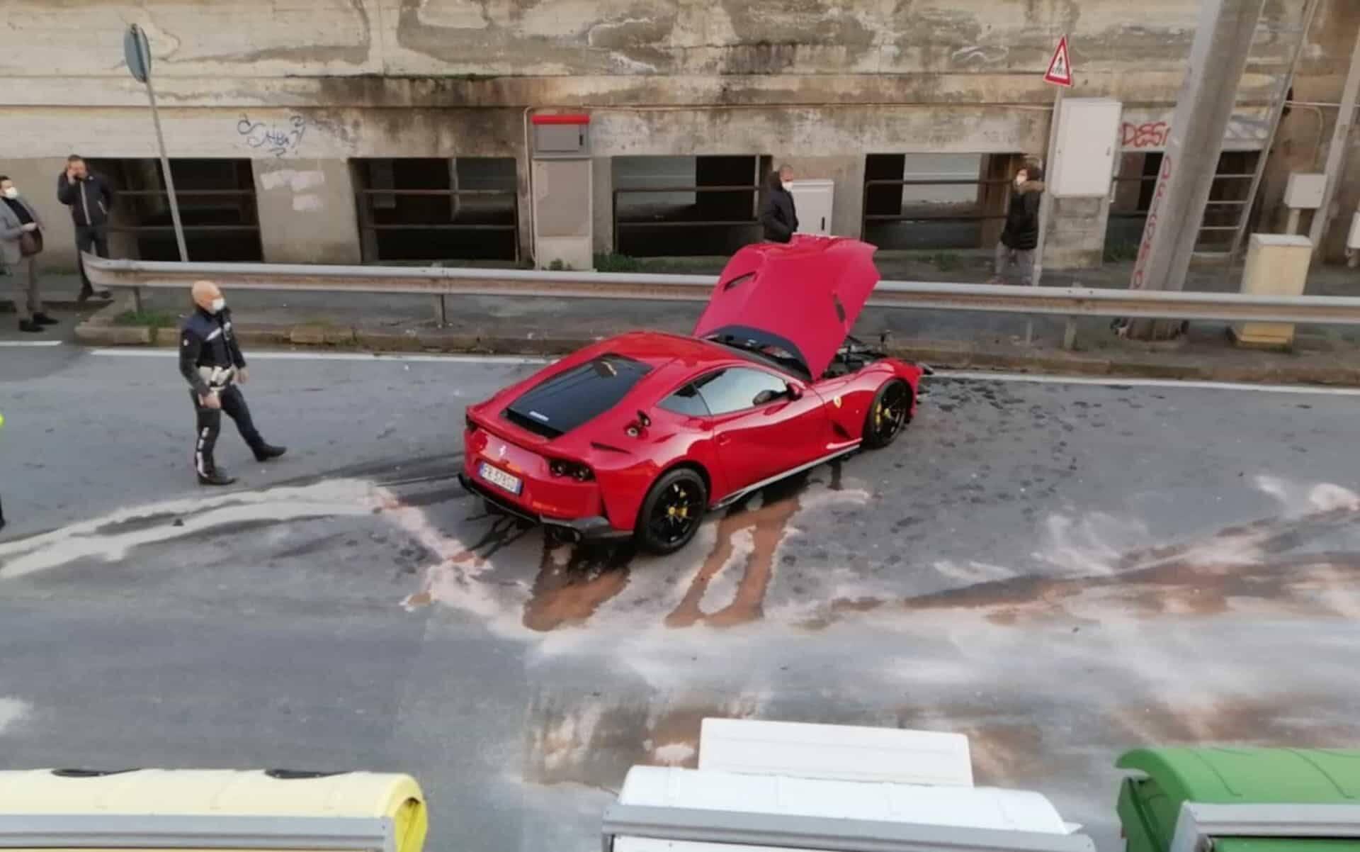 Ferrari do jogador. Foto: Reprodução