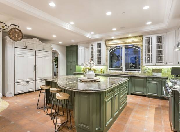Vanessa Hudgens também vende mansão na Califórnia. Foto: Divulgação/Sotheby's International Realty