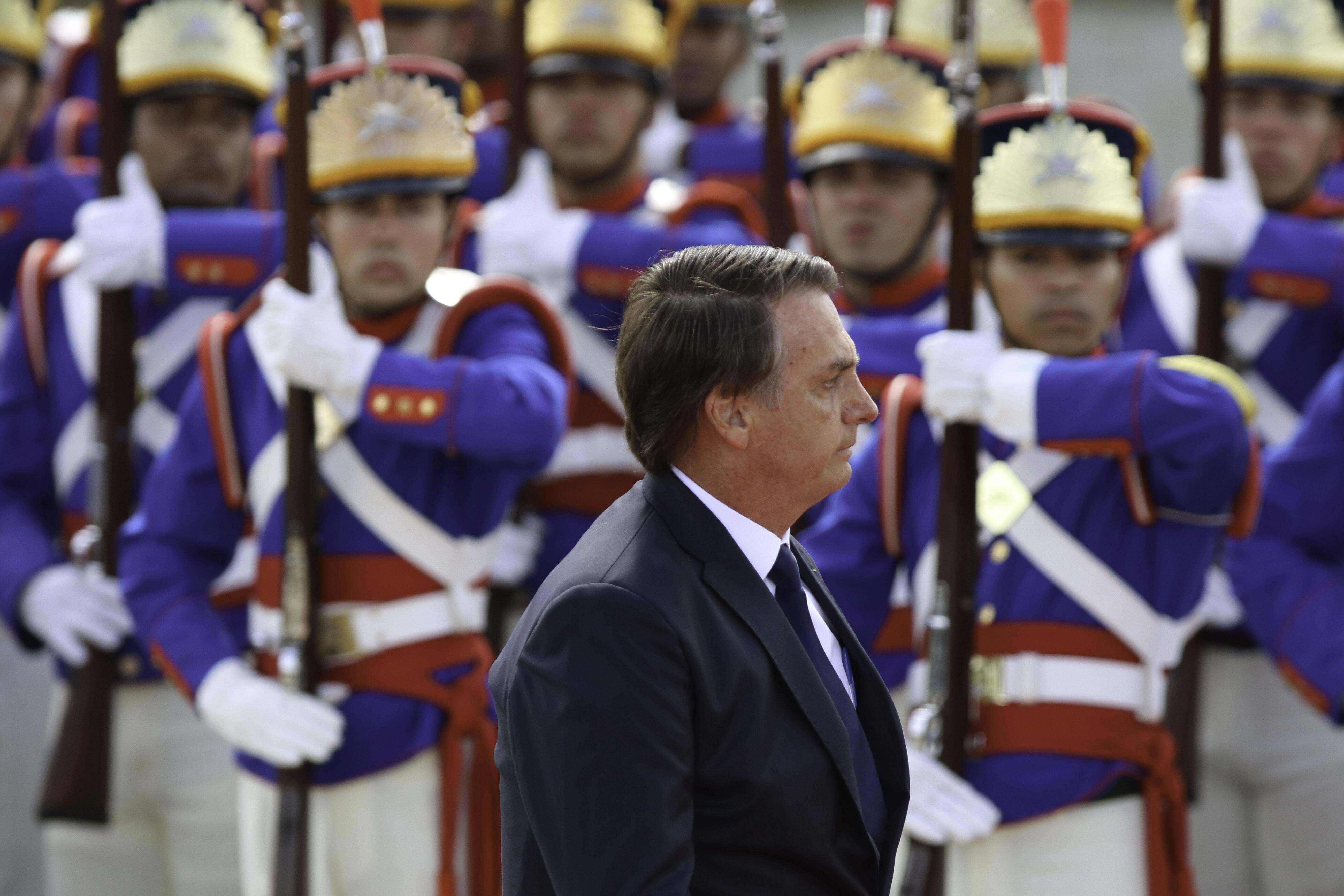 Bolsonaro durante revista das tropas militares, um dos ritos da cerimônia de posse. Foto: Fabio Rodrigues Pozzebom/Agência Brasil - 1.1.19