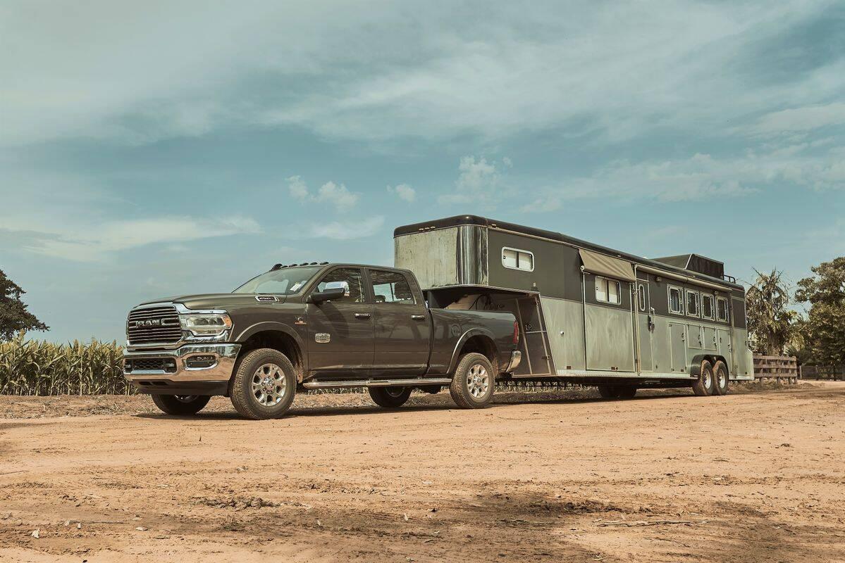 Ram 2500 Rodeo custa a partir de R$ 437.990, R$ 10 mil em relação à versão Laramie tradicional.. Foto: Divulgação