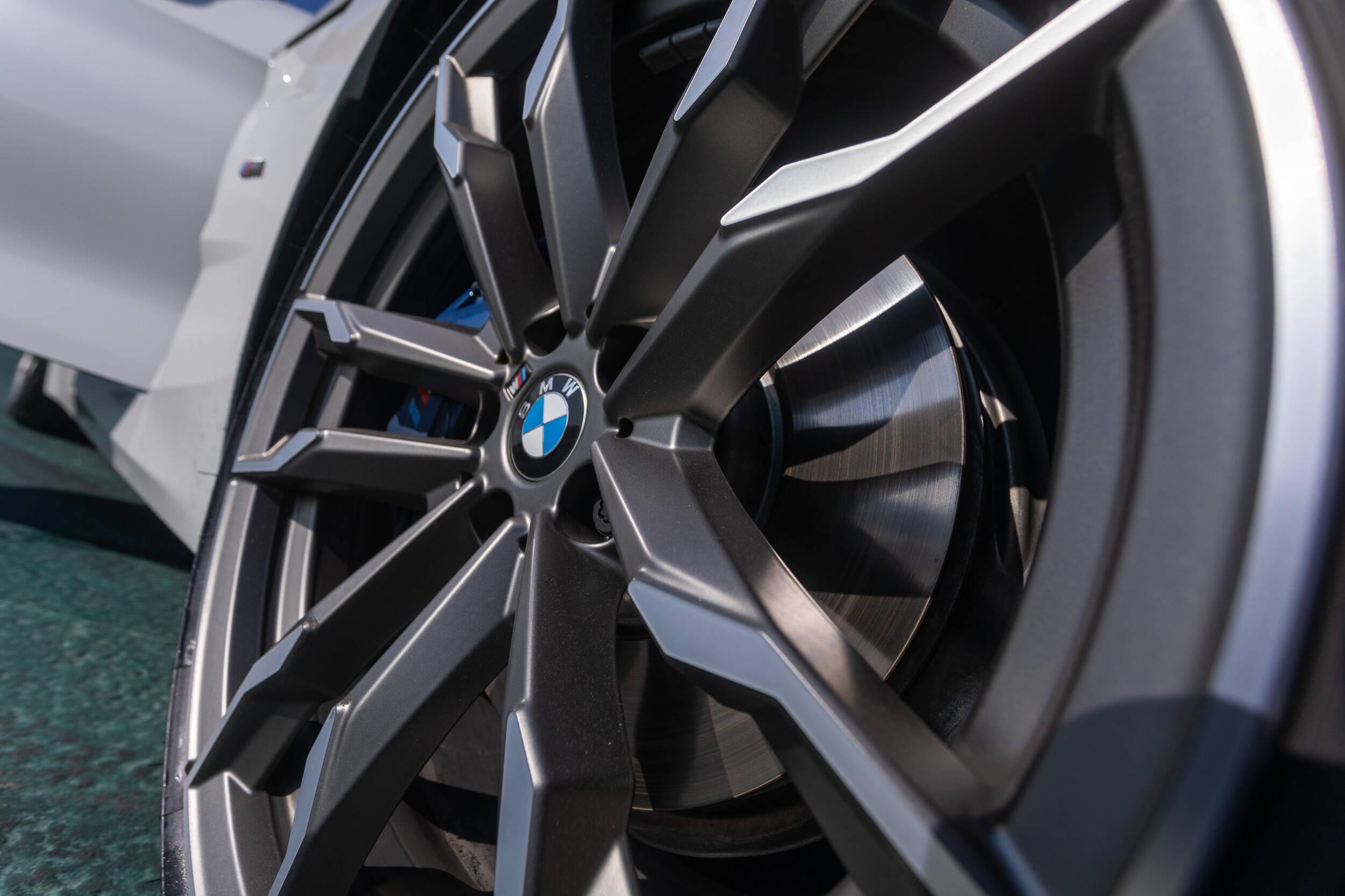 BMW Z4 M40i. Foto: Divulgação