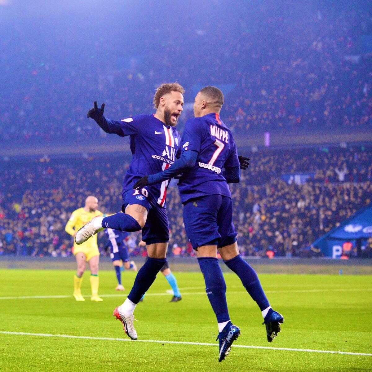 Neymar celebra gol com Mbappé. Foto: Twitter Oficial/Reprodução