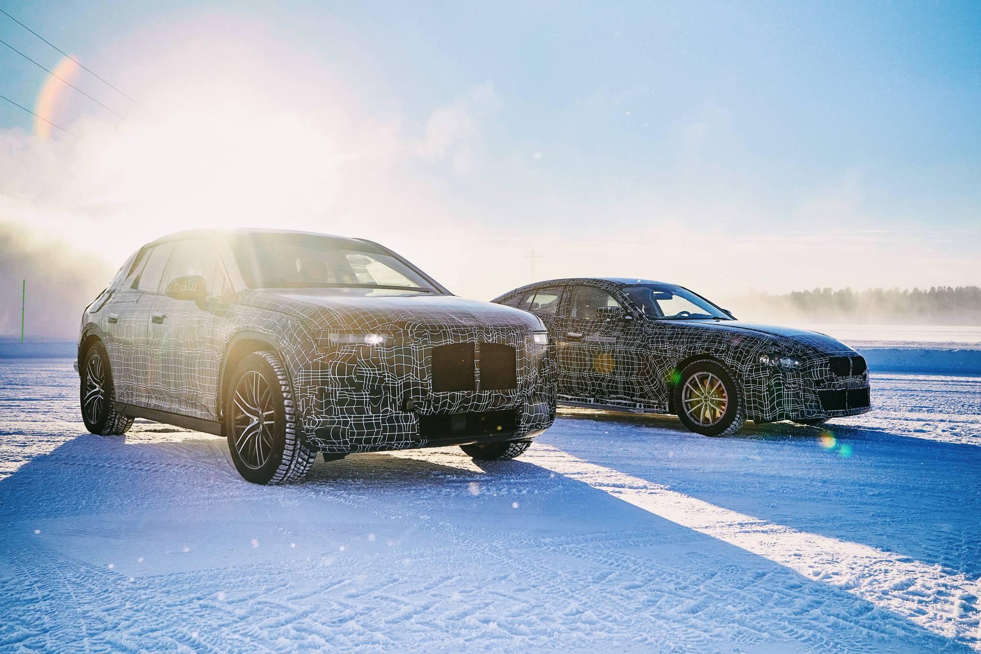 BMW iX3 e i4. Foto: Divulgação