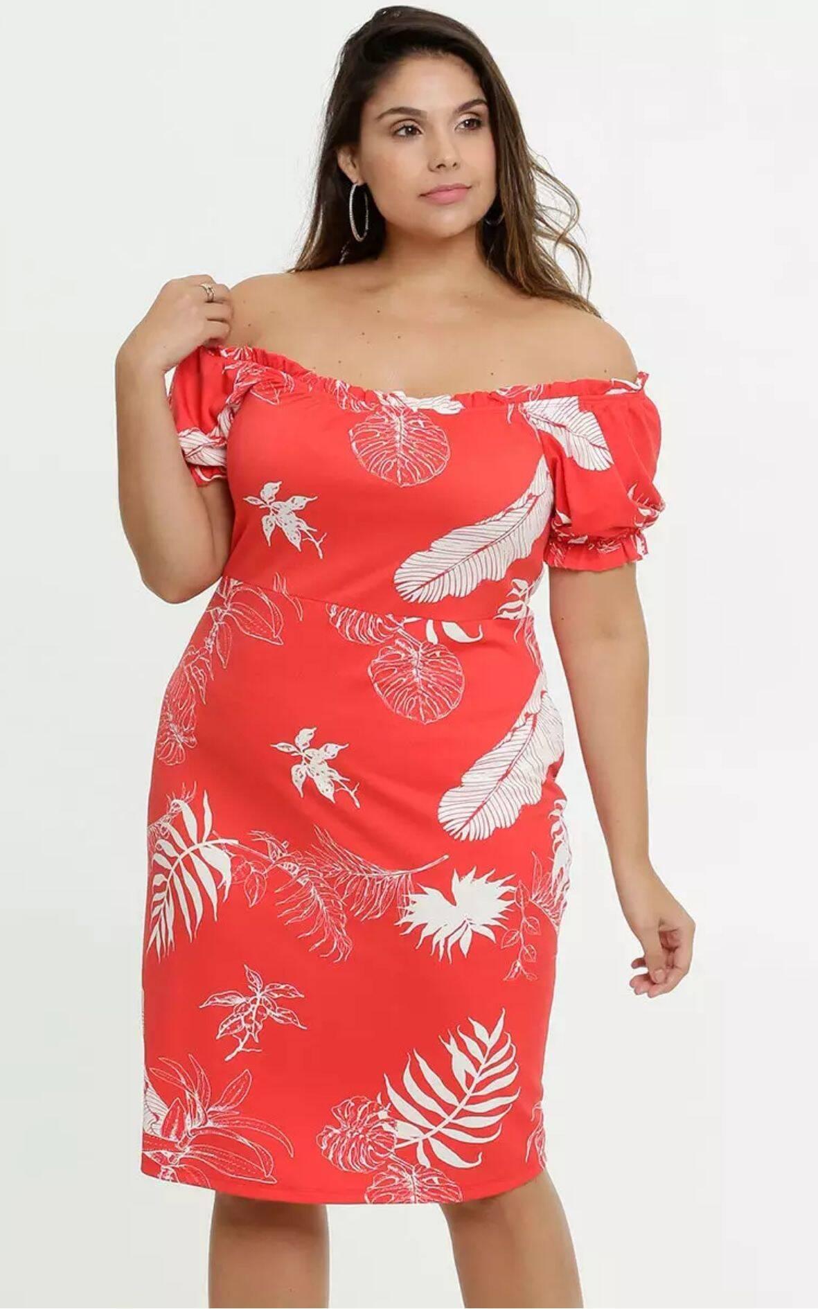 Vestido Feminino Ombro a Ombro Folhas Plus Size | Marisa | R$ 89,95. Foto: Divulgação