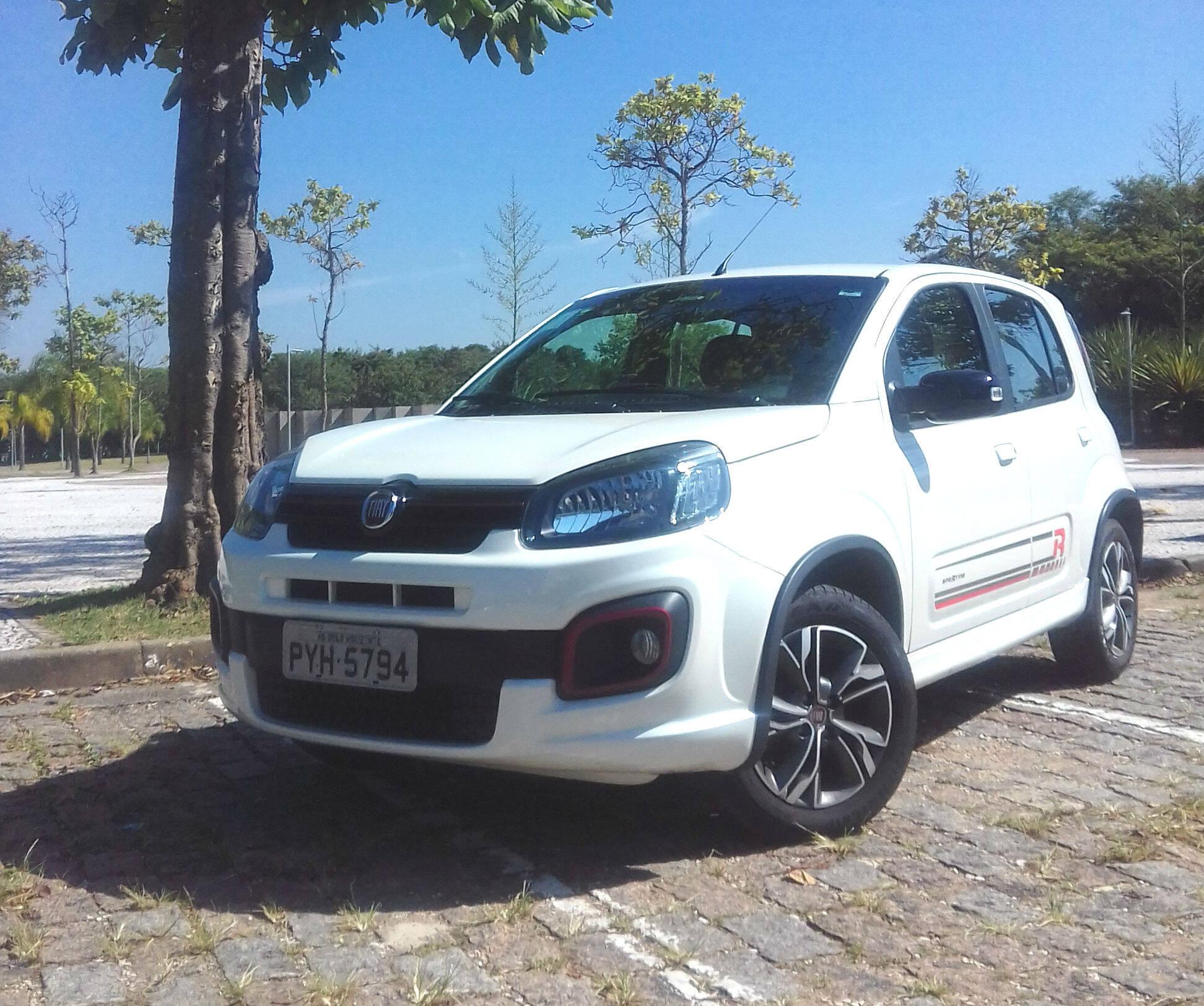 Fiat Uno Sporting. Foto: Divulgação