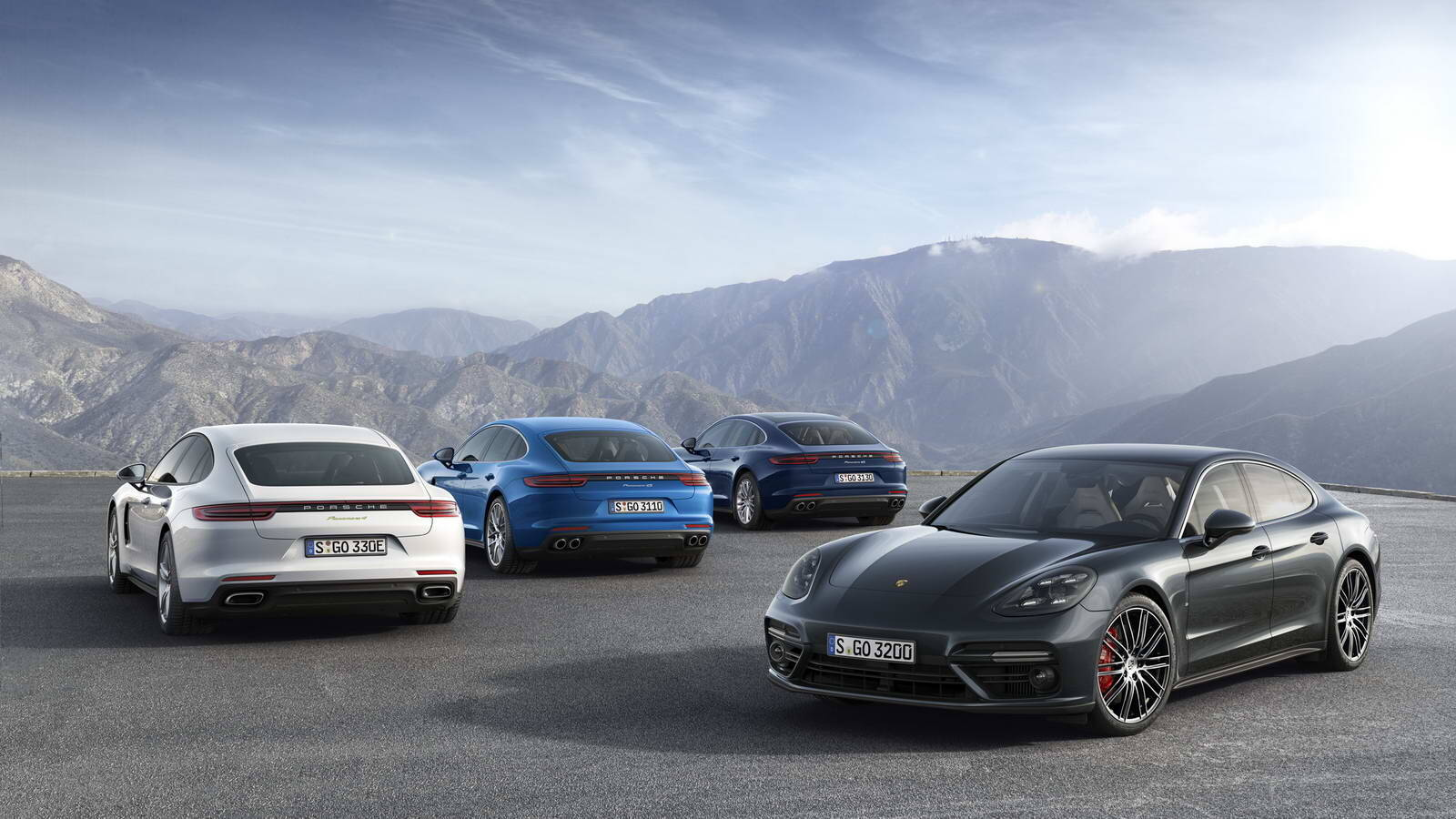 Porsche Panamera 4 E-Hybrid. Foto: Divulgação