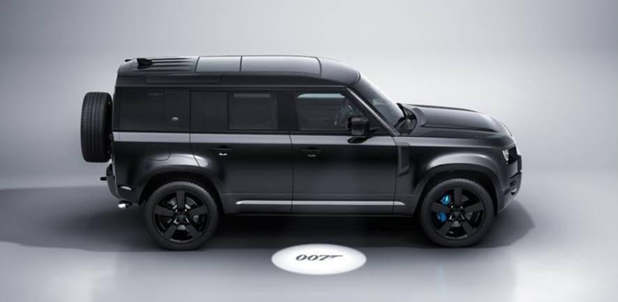 Land Rover Defender V8 Bond Edition. Foto: Divulgação