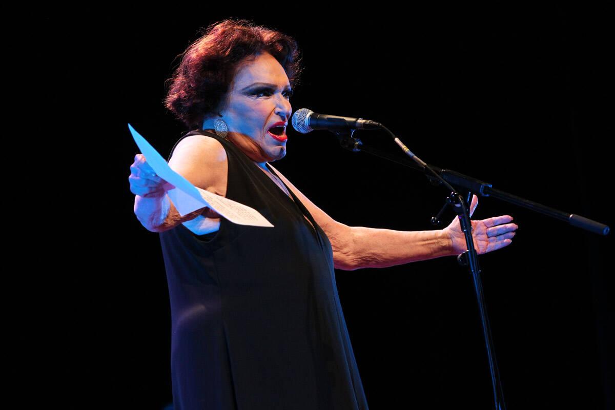 Também nos anos 60 ela esteve em musicais de teatro e televisão. Além disso, iniciou a apresentação na extinta TV Excelsior de São Paulo com um programa ao vivo. Foto: Foto Rio News