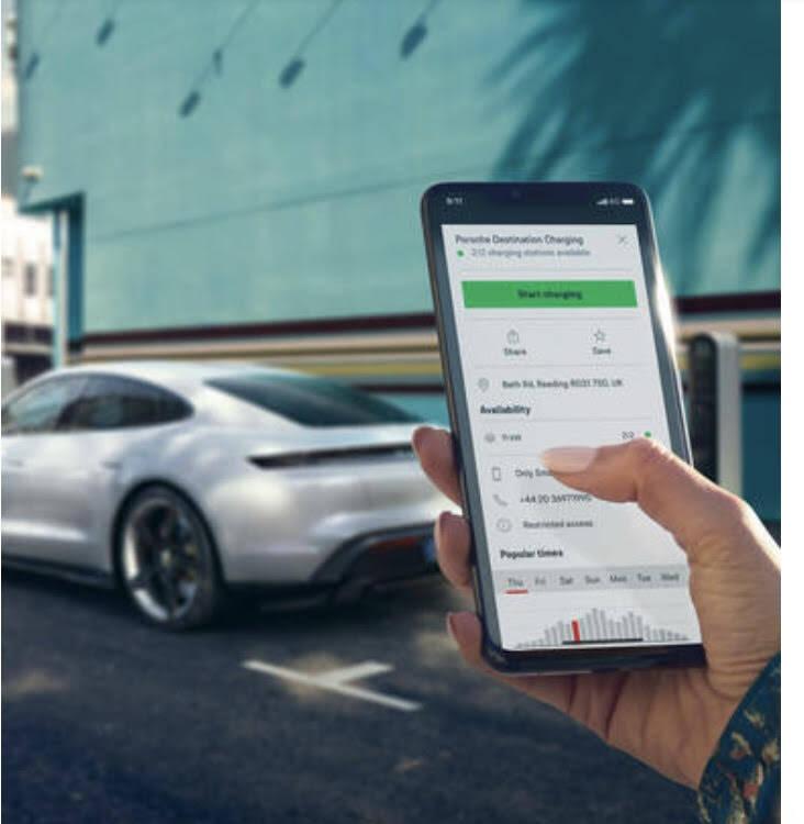 A Porsche disponibiliza na Europa um aplicativo com a localização de 400 pontos de carga elétrica. Foto: Divulgação