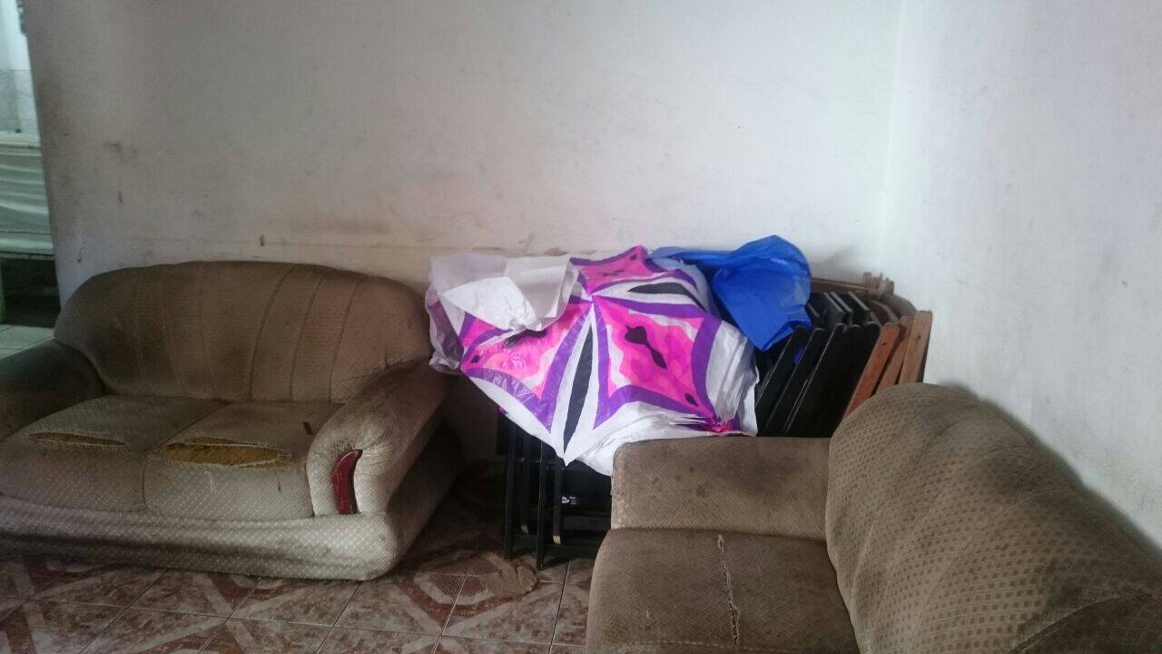 Os policiais apreenderam grande quantidade de papel de seda . Foto: Divulgação/Polícia Ambiental