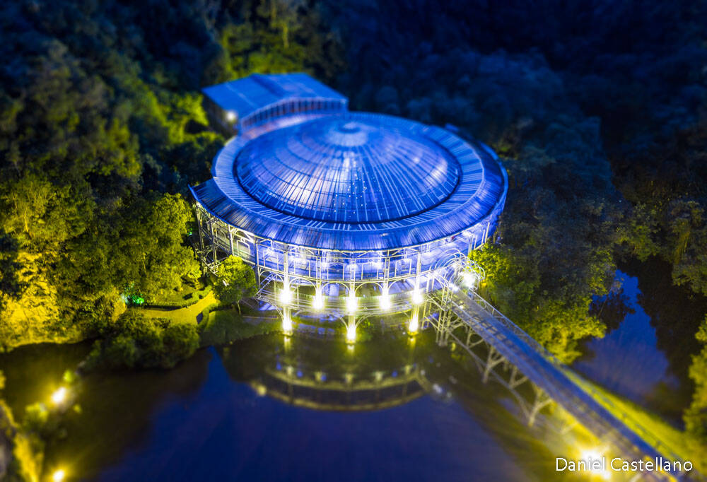 A Ópera do Arame é uma casa de eventos situada dentro do Parque das Pedreiras, onde também está o Espaço Cultural Paulo Leminski.. Foto: Daniel Castellano/SMCS