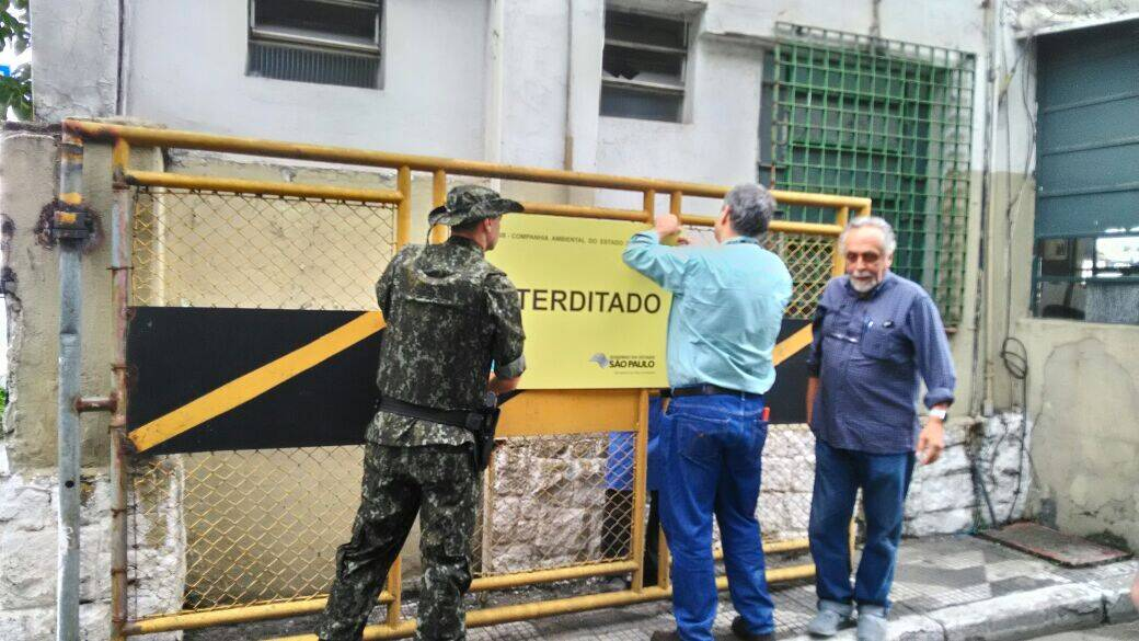 Usina do asfalto interditada na manhã desta sexta-feira pelo Secretaria do Meio Ambiente. Foto: Divulgação
