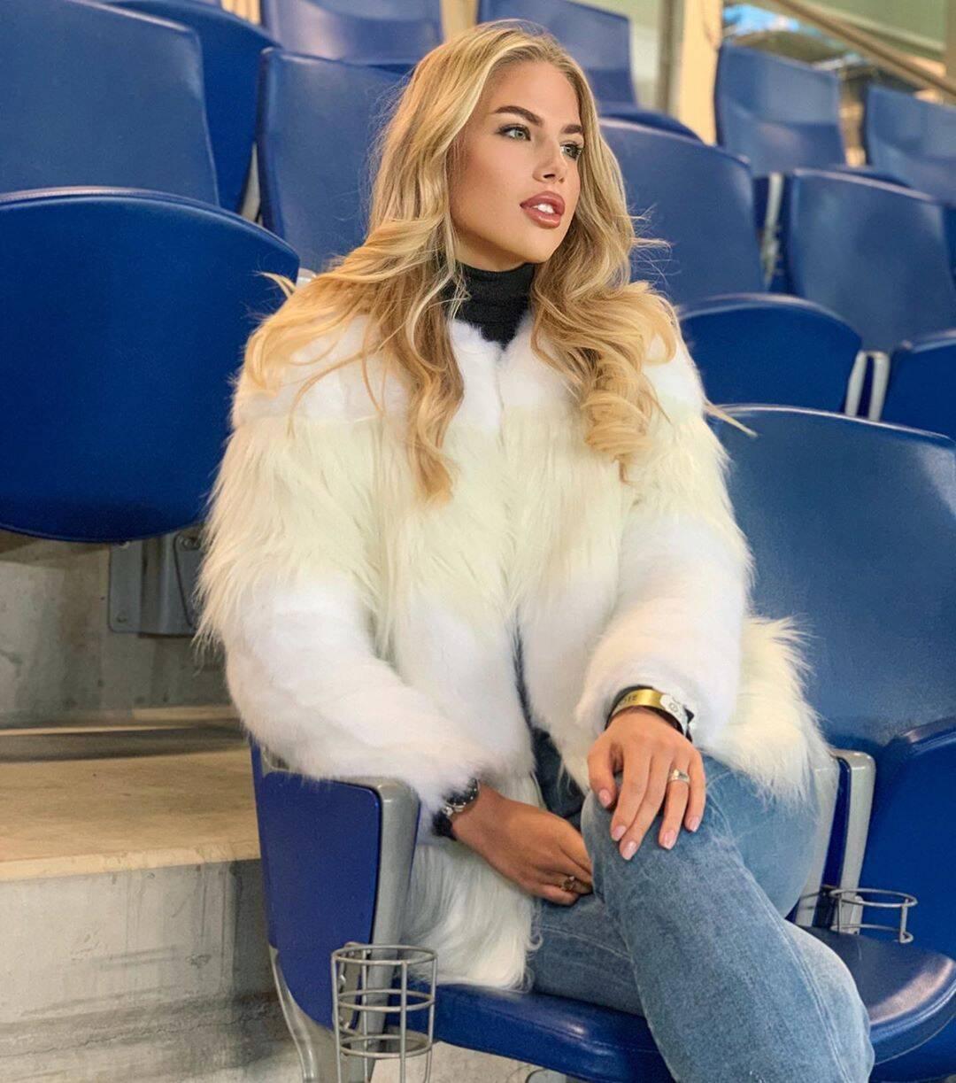 Russa, mulher de Luiz Adriano. Foto: Reprodução/Twitter