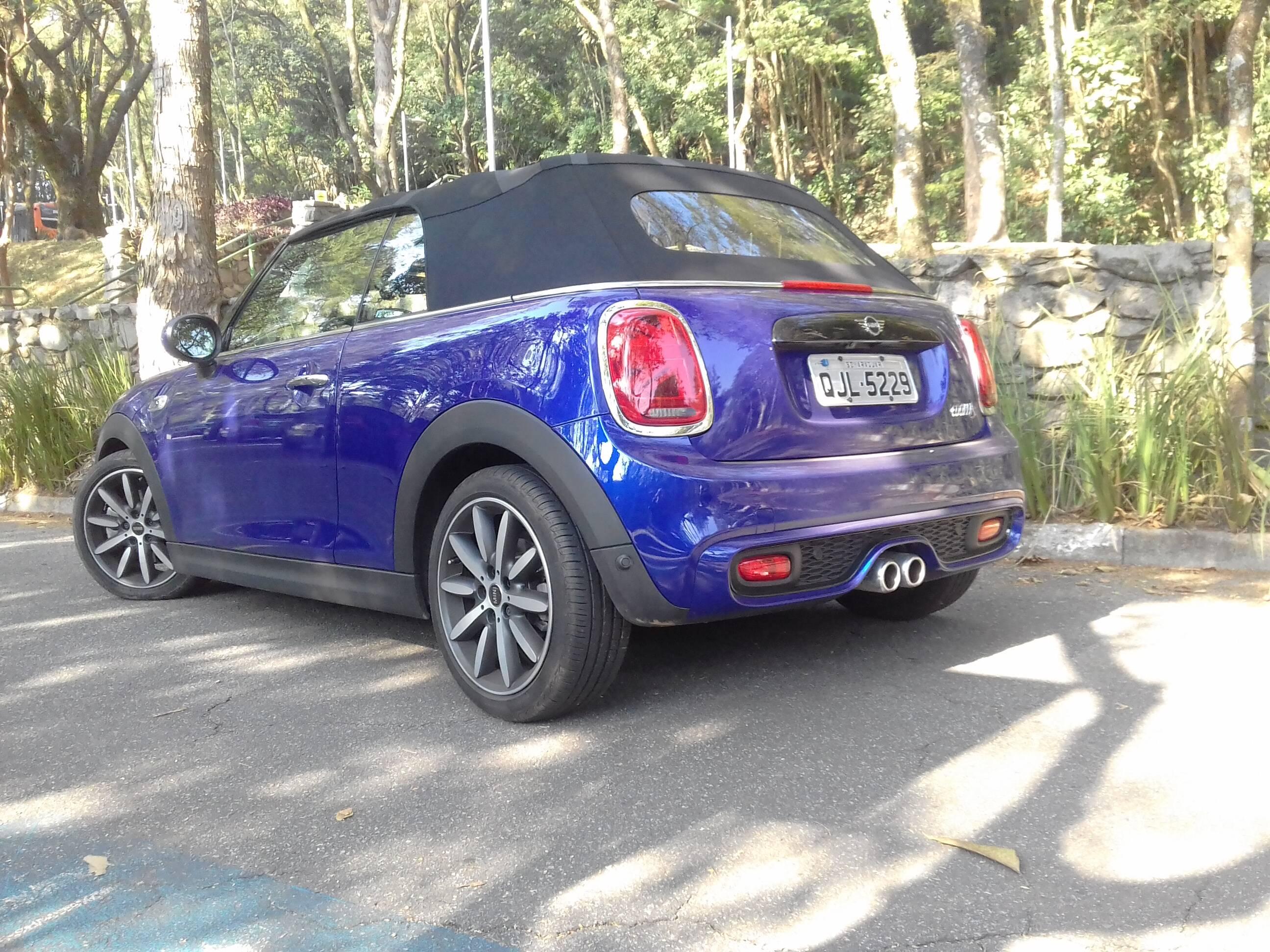Mini Cooper S Cabrio. Foto: Divulgação