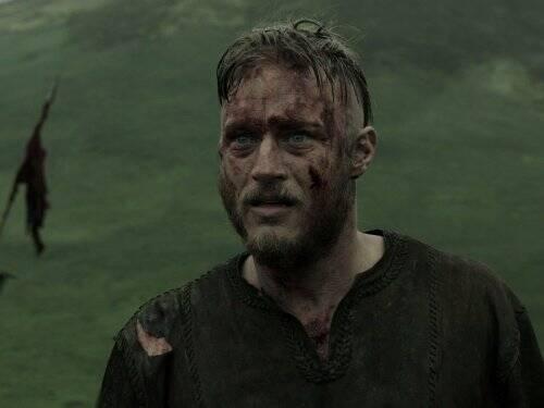 """Travis Fimmel: embora não tenha as características do personagem, o trabalho de Fimmel em """"Vikings"""" lhe rende fãs o suficiente para ser celebrado caso vivesse o herói. Foto: Divulgação"""