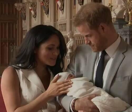 Meghan Markle deu à luz na segunda-feira (06) e causou grande repercussão no mundo todo. Dois dias depois, a Família Real anunciou o nome do primeiro filho do Príncipe Harry: Archie Harrison. Foto: Print/Reprodução BBC