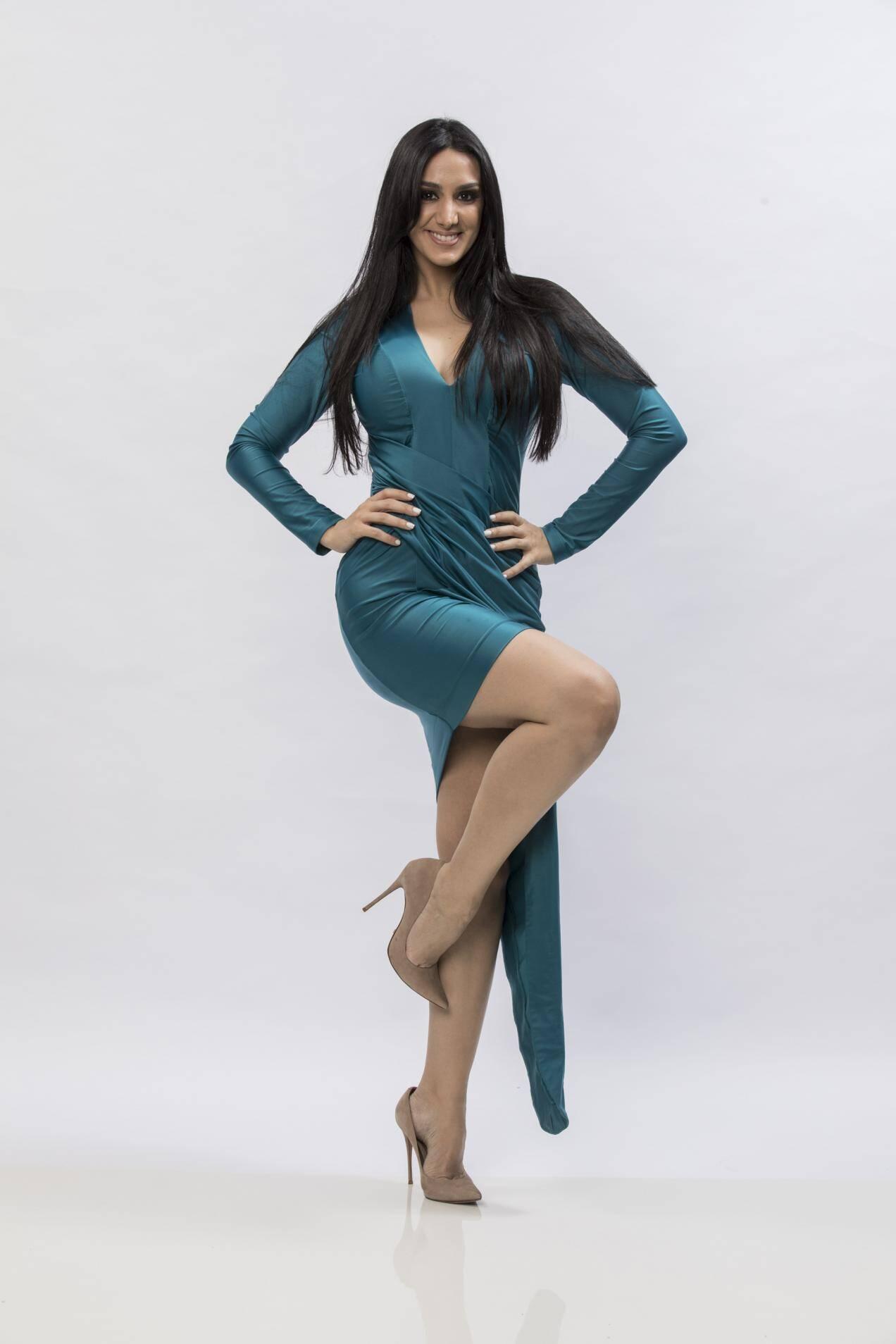 Marina Elali, cantora e compositora, 35 anos. Foto: Divulgação