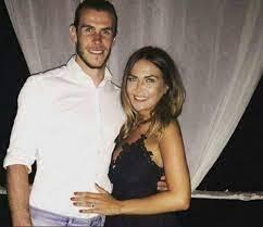 Bale e esposa. Foto: Reprodução