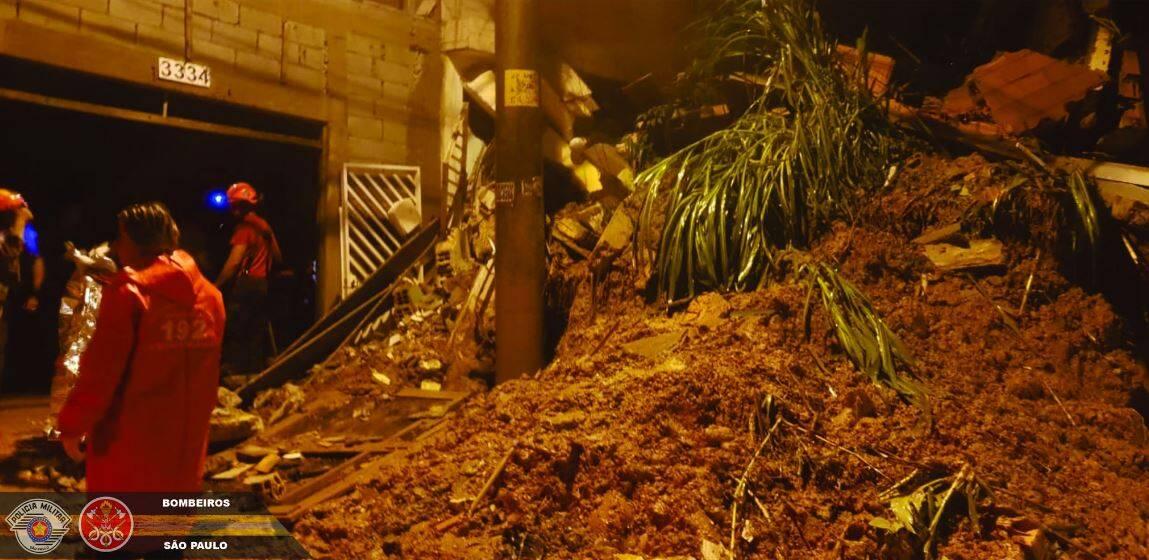 Chuva em Mauá deixa três crianças e um bebê mortos. Foto: Divulgação/Corpo de Bombeiros de São Paulo