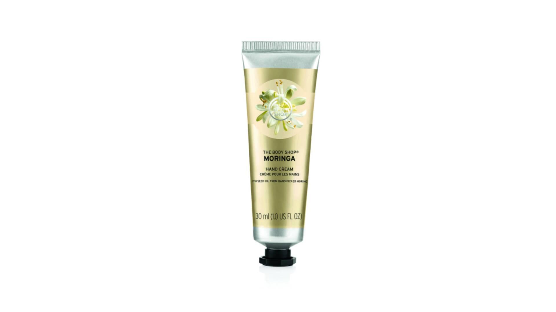 Com óleo de moringa, o creme hidrata e protege a pele das mãos deixando-a perfumada com fragrância floral de moringa. R$ 14,90. Foto: Divulgação