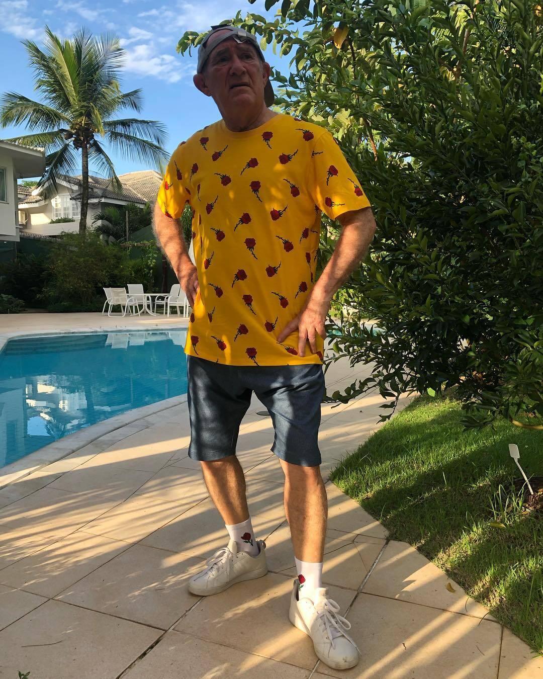 Renato Aragão faz sucesso com looks no Instagram. Foto: Reprodução/Instagram