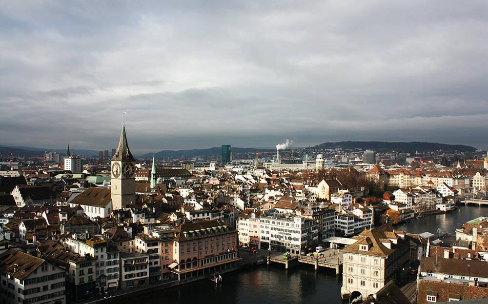 Zurique, capital da Suíça. Foto: Magda Ehlers/Pexels