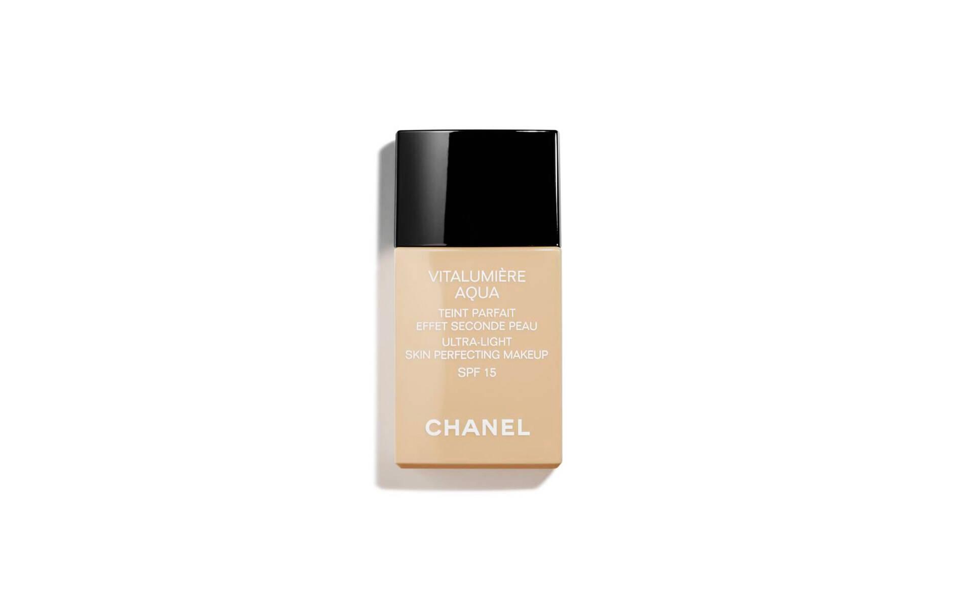 Base líquida promove conforto intenso. Sua fórmula deixa o rosto com aspecto uniforme, criando um efeito imediato de brilho saudável. . Foto: Chanel / Divulgação