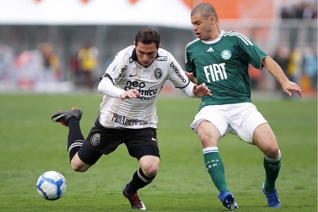 A reestreia de Tite aconteceu contra o Palmeiras, no Brasileirão. Com gol de Bruno César, o Corinthians venceu o clássico por 1 a 0. Foto: WAGNER CARMO/Gazeta Press