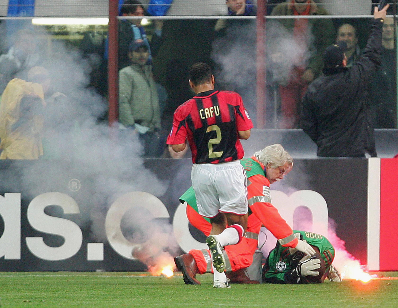 Cafu em ação pelo Milan. Foto: Getty Images