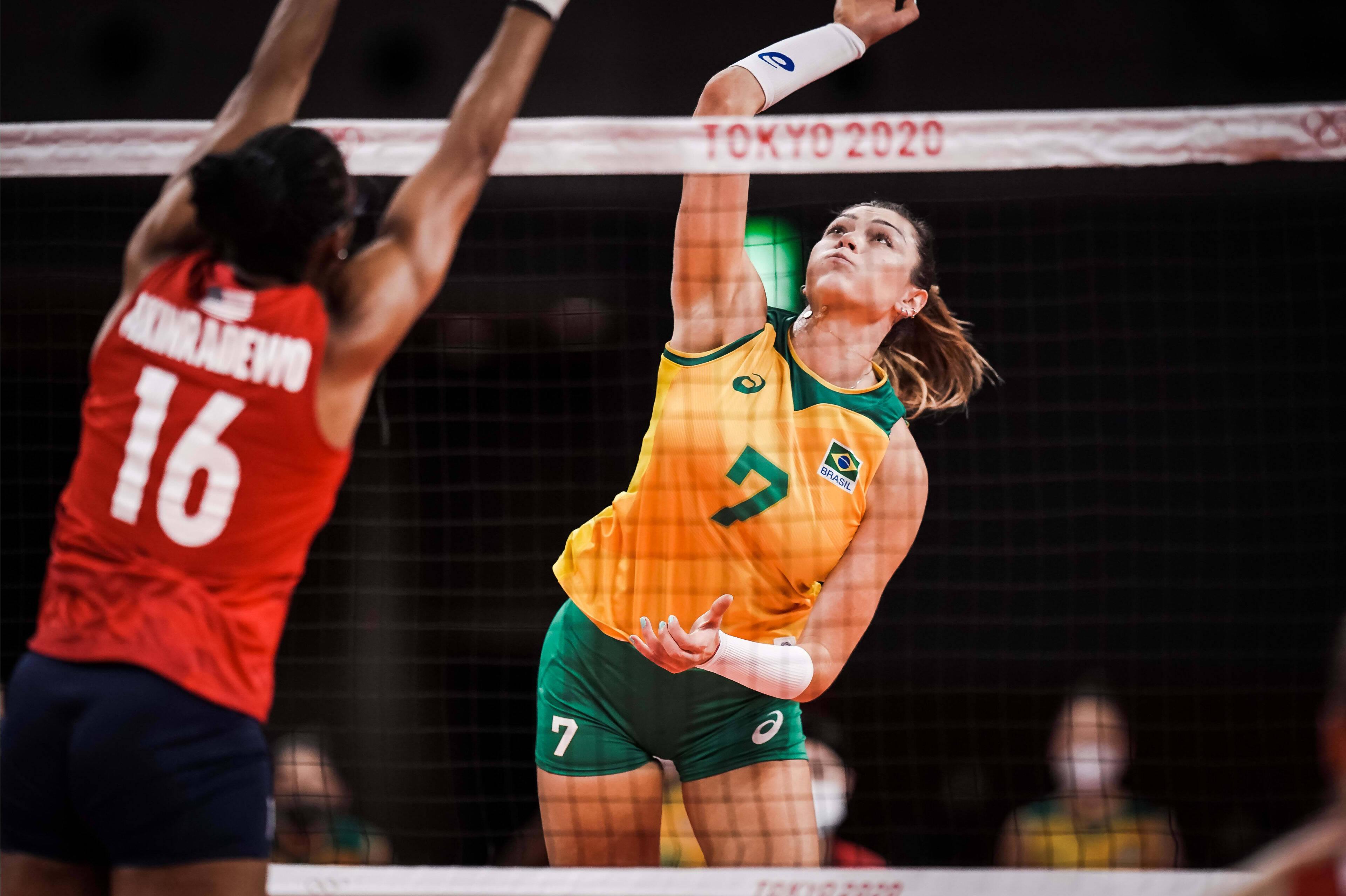 Brasil x EUA - vôlei feminino - Olimpíadas Tóquio. Foto: FIVB