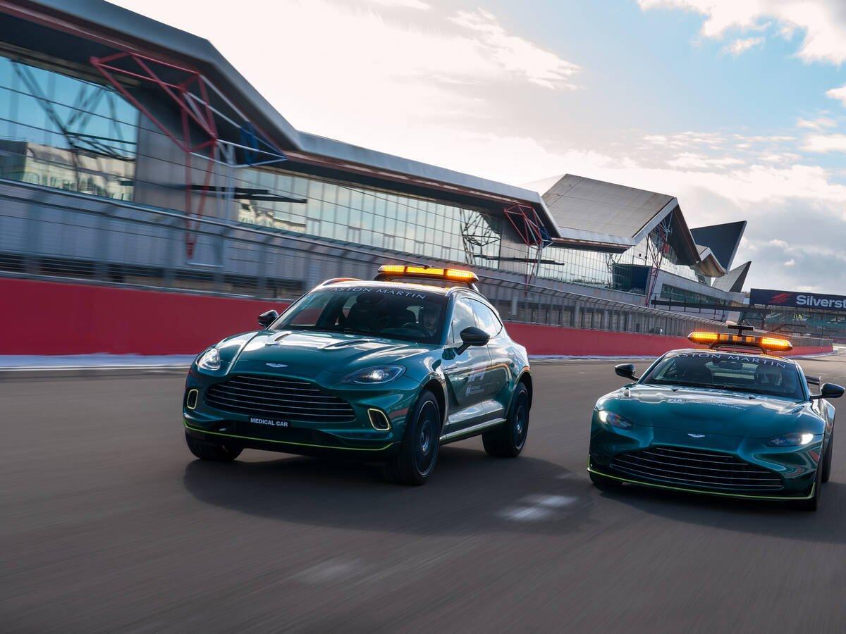 Aston Martin Vantage e DBX na Fórmula 1. Foto: Divulgação