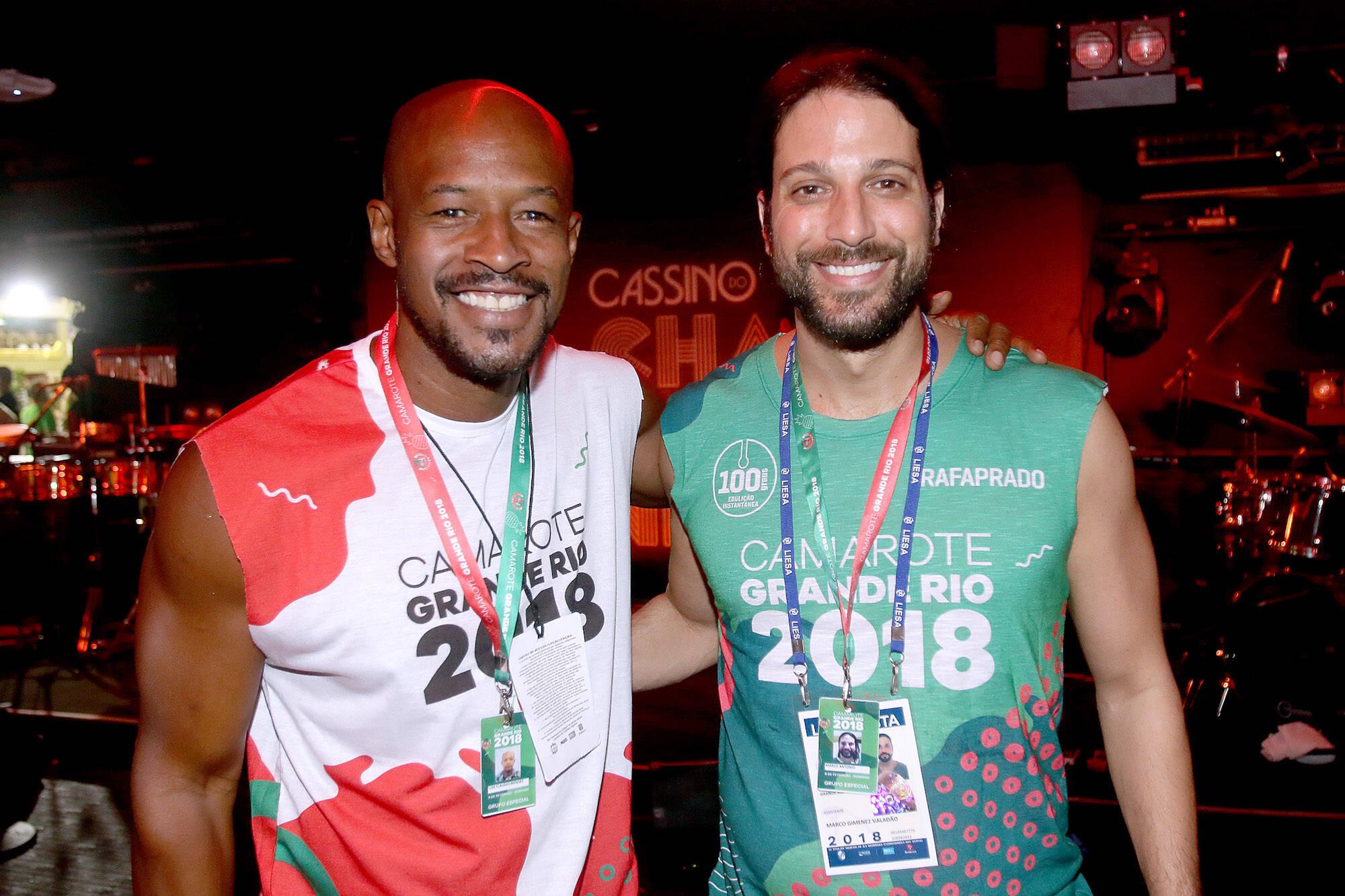 Lui Mendes e Marco Antônio Gimenez no Camarote Grande Rio que se transformou no Cassino do Chacrinha na noite do último domingo (11). Foto: ENY MIRANDA/DIVULGAÇÃO