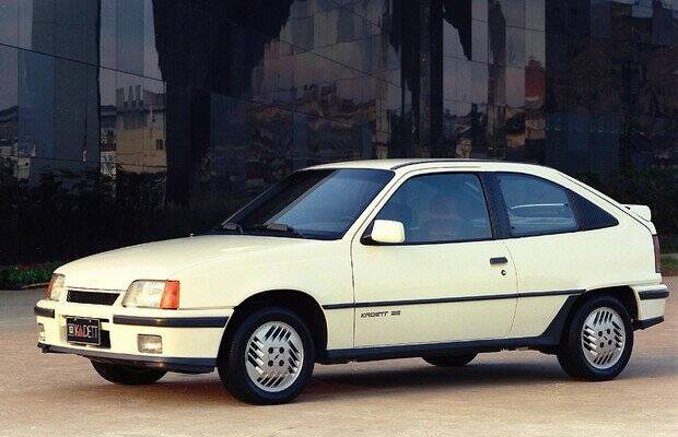 Chevrolet Kadett foi um dos poucos carros novos lançados no Brasil na segunda metade dos anos 1980. Foto: Divulgação