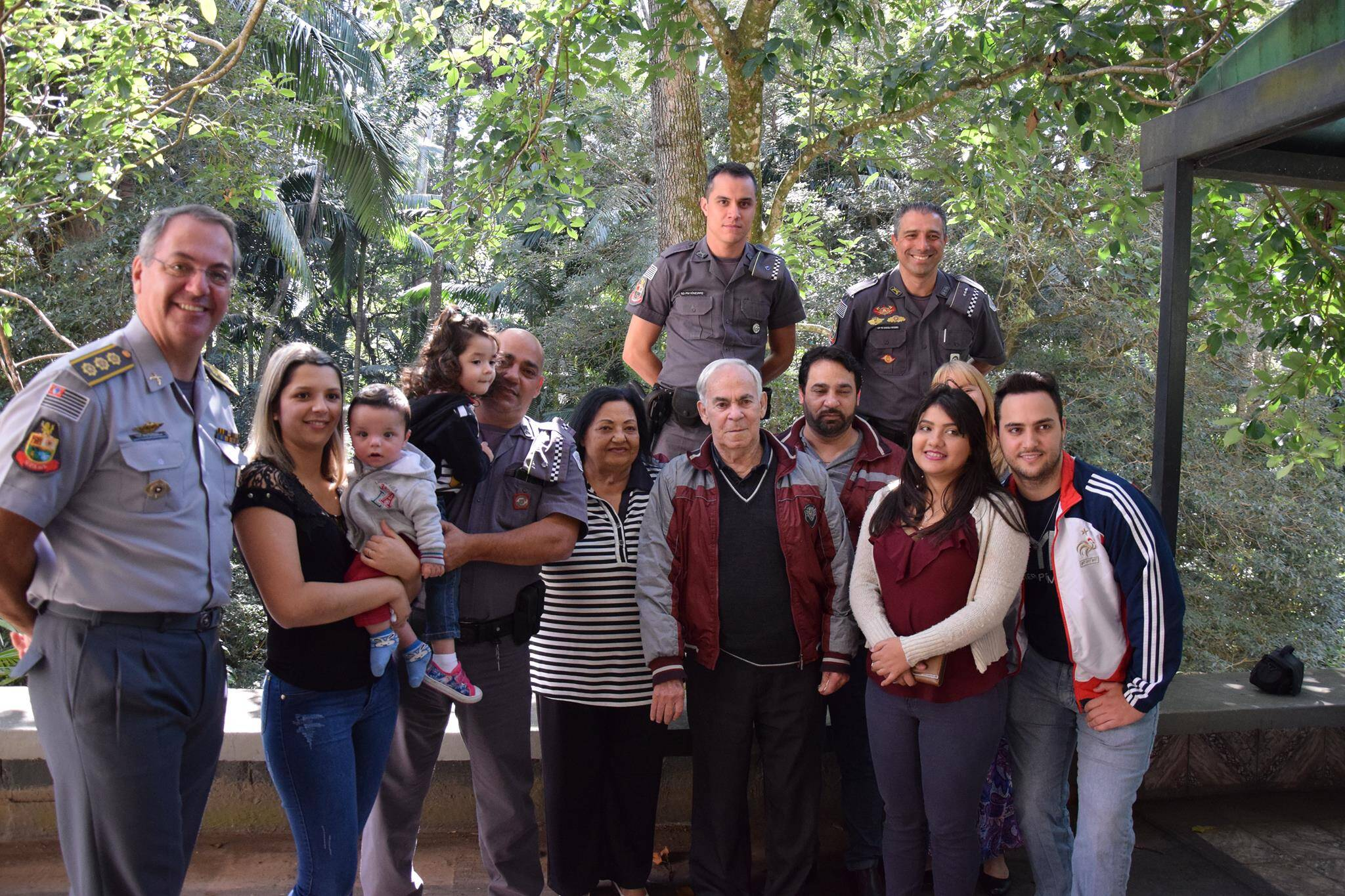 Familiares dos Policiais também estiveram na solenidade. Foto: Divulgação/Polícia Militar Ambiental