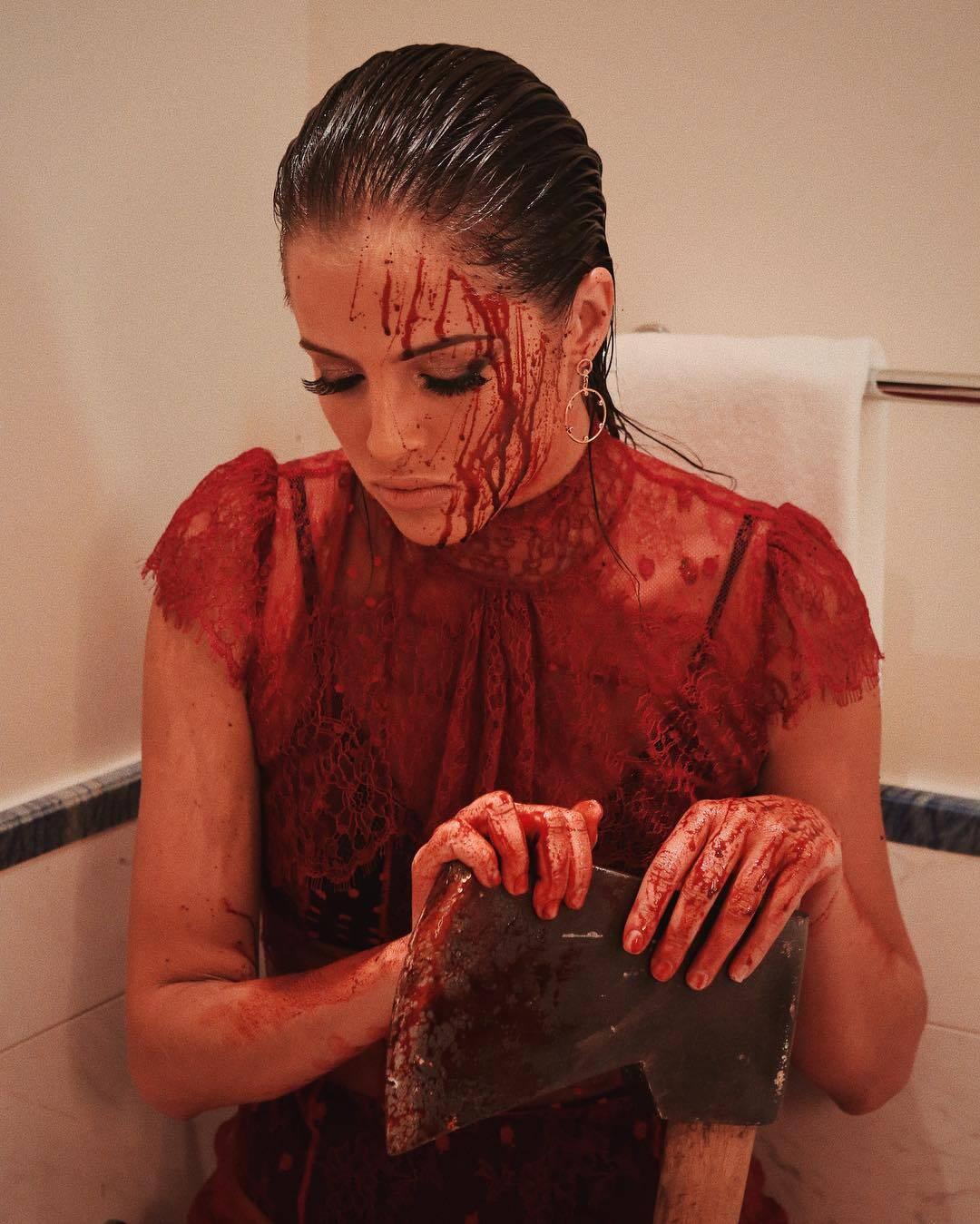 """Agatha Moreira fez referência ao filme """"Carrie - A Estranha"""". Foto: Reprodução/Instagram"""