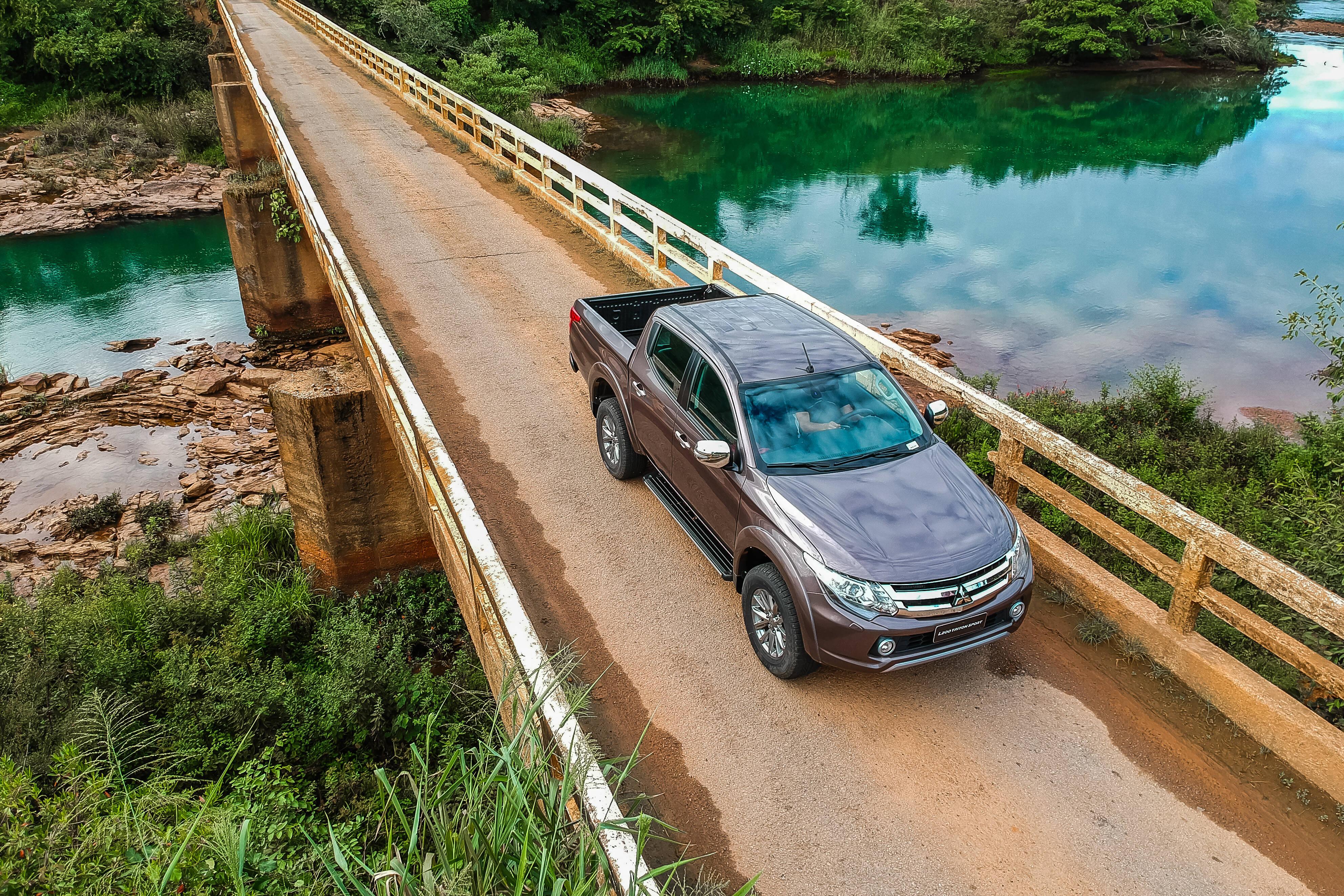 Mitsubishi L200 Sport HSE-S. Foto: Tom Papp e Cadu Rolim