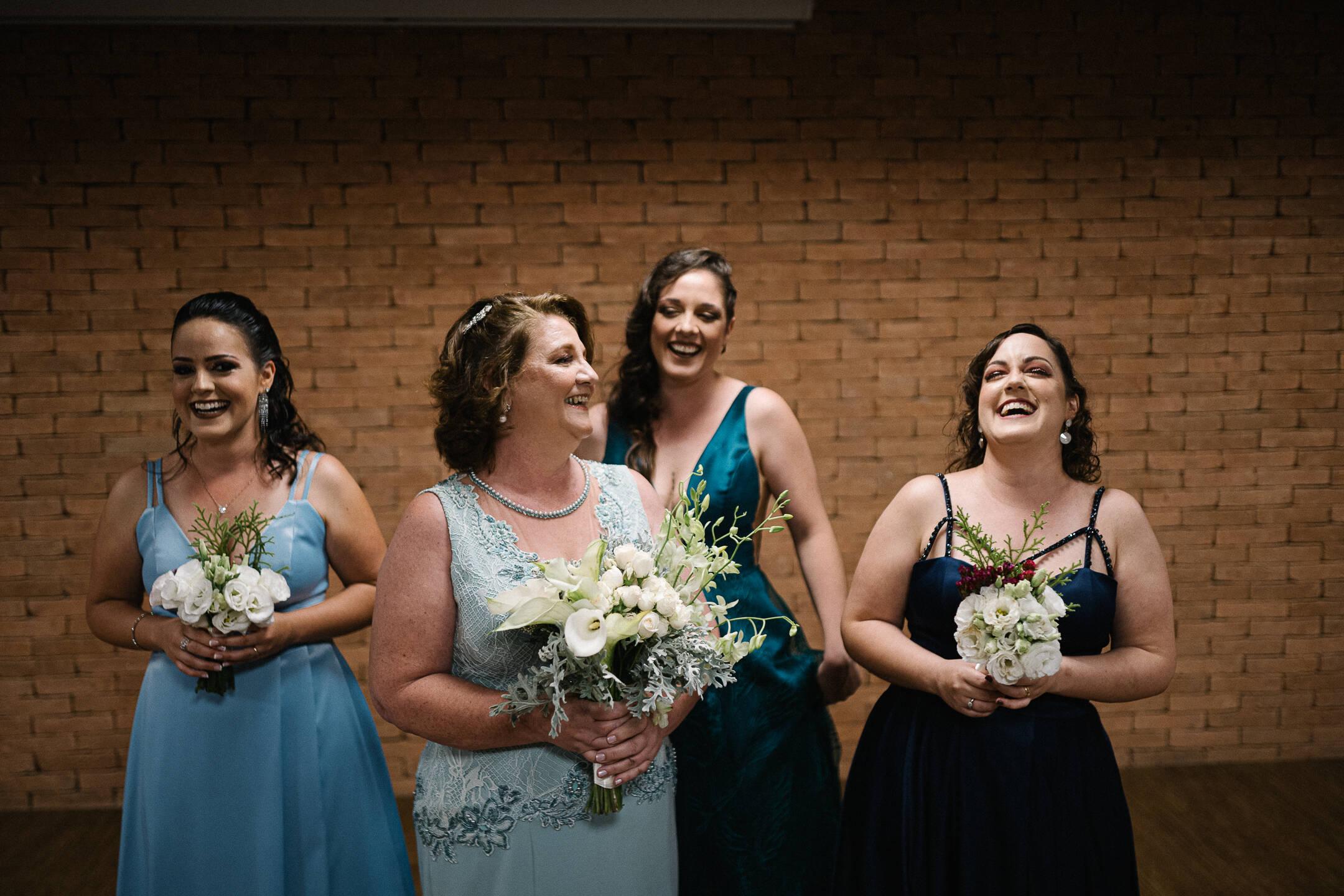 A noiva de novo e as madrinhas. Foto: Adéquat Eventos/Caio Gimenes