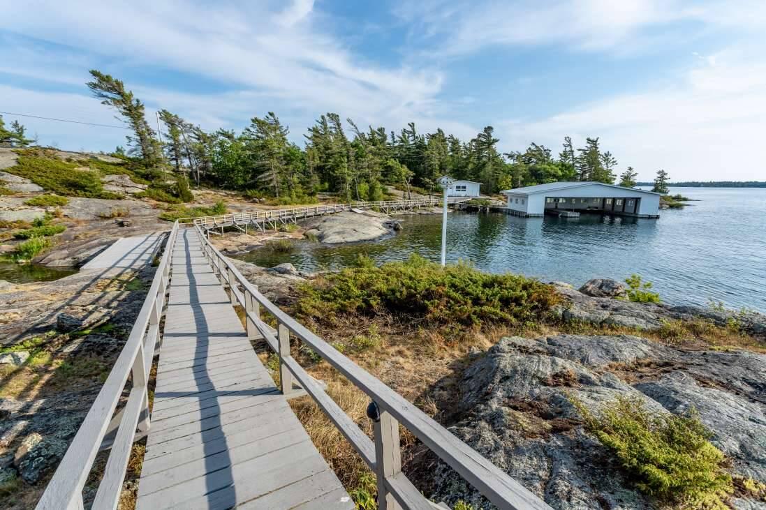 A Ilha Hewson e Ardwell custa apenas US$ 2 milhões. Foto: Divulgação/ Private Islands Inc.