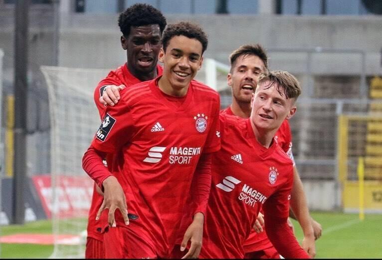 Jamal Musiala, de 18 anos, já mostrou um incrível potencial com a camisa do Bayern. Foto: Reprodução/Instagram