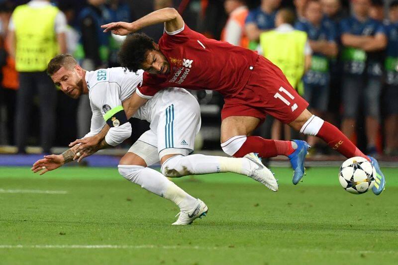 Sergio Ramos e Mohamed Salah. Foto: Reprodução