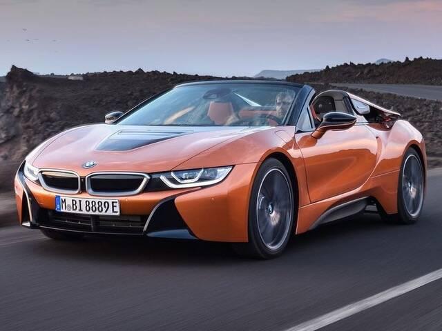 A BMW oferece o esportivo i8, um carro híbrido de alto despenho com uma tecnologia de ponta. Foto: Divulgação
