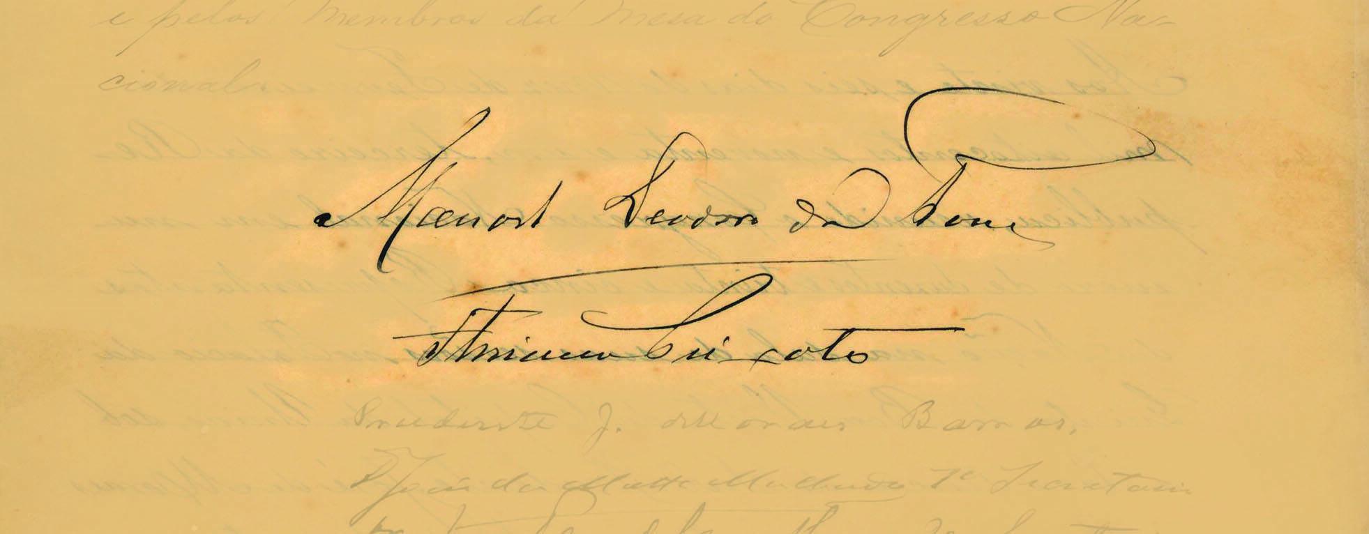 As assinaturas do primeiro presidente, Deodoro da Fonseca, e de seu vice, Floriano Peixoto. Foto: Reprodução / Senado Federal